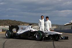 Pedro de la Rosa, BMW Sauber F1 Team and Kamui Kobayashi, BMW Sauber F1 Team with the C29