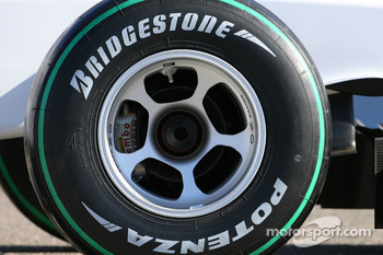 The new BMW Sauber C29, wheel detail