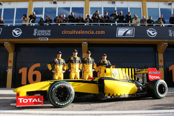 Jerome D'Ambrosio, Test Driver, Renault F1 Team, Robert Kubica, Renault F1 Team, Vitaly Petrov, Renault F1 Team, Ho-Pin Tung, Test Driver, Renault F1 Team with R30