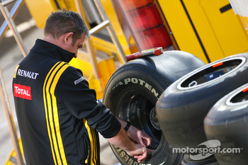 Renault mechanic