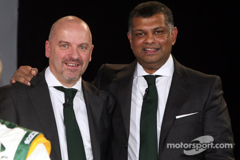Mike Gascoyne, Lotus F1 Racing Chief Technical Officer and Tony Fernandes, Malaysia Racing Team Principal