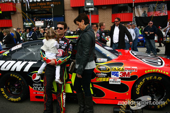 Jeff Gordon, Hendrick Motorsports Chevrolet and family