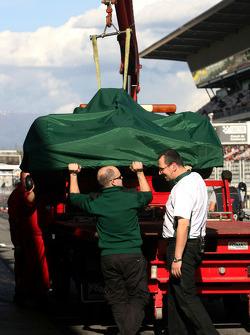 Jarno Trulli, Lotus F1 Team stops on track