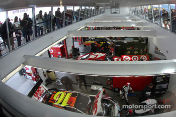 Overview of the garage area