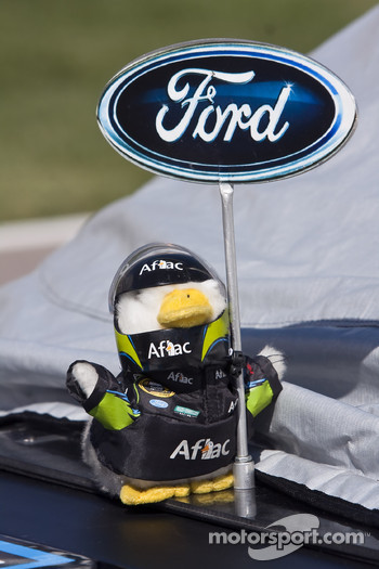 The Aflac duck shows his Ford colors