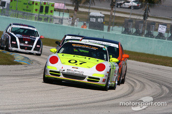 #07 Euro Motorworks Racing Porsche 997: Terry Heath, Rene Robichaud