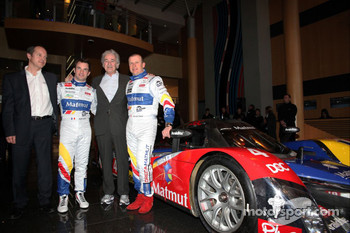 Nicolas Lapierre, Hugues de Chaunac and Olivier Panis with the ORECA-Matmut Peugeot 908 HDi FAP