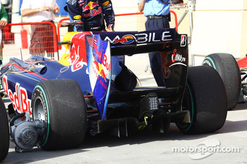 Sebastian Vettel, Red Bull Racing rear diffuser and wing