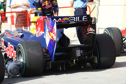 Sebastian Vettel, Red Bull Racing rear diffuser and wing