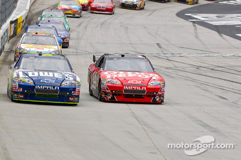 Jimmie Johnson, Hendrick Motorsports Chevrolet and Tony Stewart, Stewart-Haas Racing Chevrolet