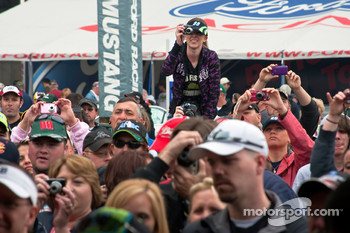 Fans show their support for Carl Edwards during an autograph session