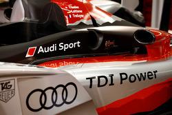 Audi R15 TDI 2010 livery presentation
