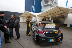 #141 Opel OPC Race Camp at technical inspection