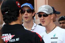 Lucas di Grassi, Virgin Racing, Bruno Senna, Hispania Racing F1 Team, HRT, Michael Schumacher, Mercedes GP Petronas