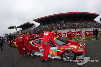 #95 AF Corse Ferrari F430 GT on starting grid