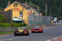 #64 Corvette Racing Chevrolet Corvette C6 ZRL: Oliver Gavin, Olivier Beretta, Emmanuel Collard