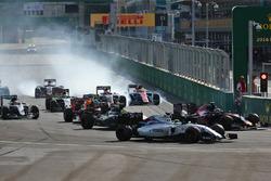 Felipe Massa, Williams FW38 at the start of the race