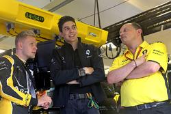 Kevin Magnussen, Renault Sport F1 Team, Esteban Ocon, Third Driver, Renault Sport F1 Team and Frederic Vasseur, Renault Sport F1 Team, Racing Director