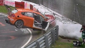VLN race #3: huge crash Seat Leon Supercopa Nürburgring Nordschleife