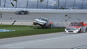 Mingus misses pit road, gets air