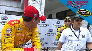 Kenseth has words for Logano