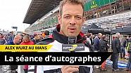 Au cœur de la séance d'autographes du Mans avec Alex Wurz