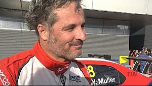 Yvan Muller wins WTCC main race in Japan