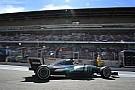 A Mercedes valamivel nagyon betalált Barcelonában...