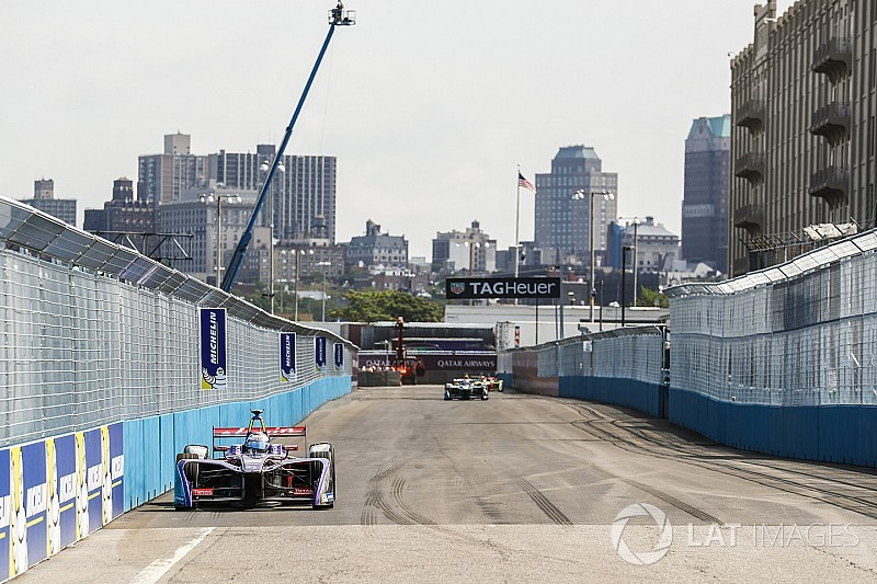 New York ePrix: Bird beats Vergne in first-ever Brooklyn race