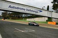 Di Grassi faz teste com GT elétrico na Itália