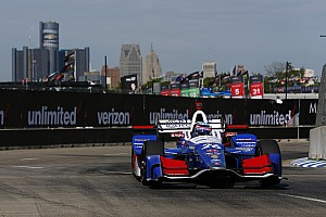 IndyCar Репортаж з кваліфікації IndyCar у Детройті: Сато на поулі перед недільною гонкою