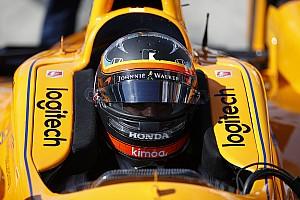 Alonso laisse les fans choisir son casque pour l'Indy 500