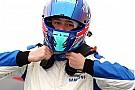 Formula 4 Monger muestra su agradecimiento por el