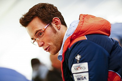Thierry Neuville an Rallycross-Test interessiert