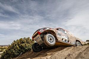 Dakar Etap raporu Dakar 2018, 11. Etap: Toyota ile Ten Brinke en hızlı, Sainz'ın cezası silindi