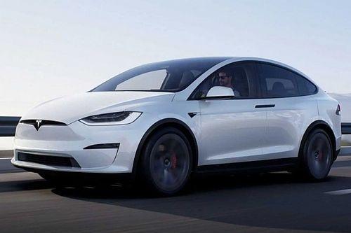 A Tesla megkezdi a frissített Model X kiszállításait