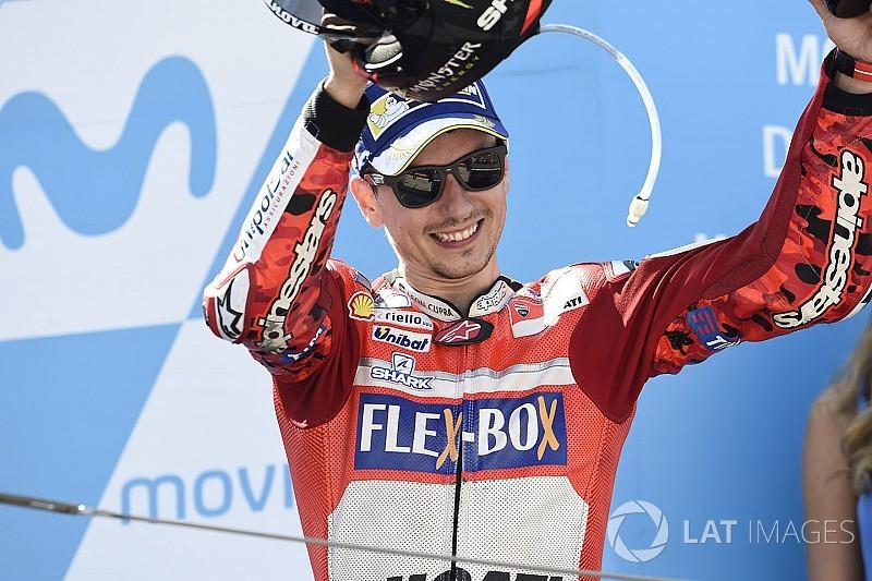 Chefão da MotoGP vê Lorenzo na luta por título de 2018