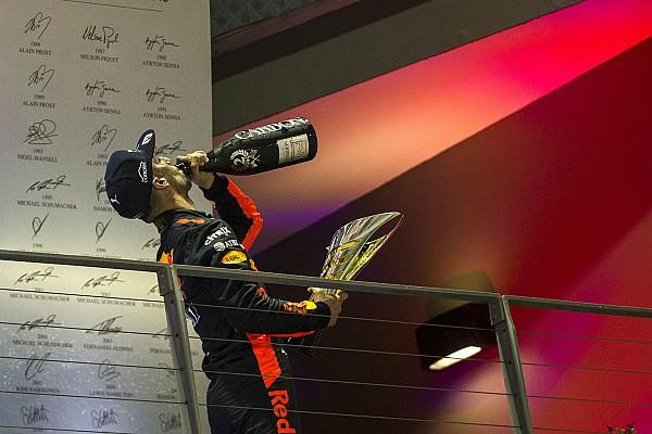 Ricciardo és a dobogós ünneplés Szingapúrból