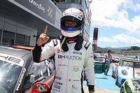PCCJ第8戦 決勝 3番手スタートの小河諒が逆転で今季初優勝