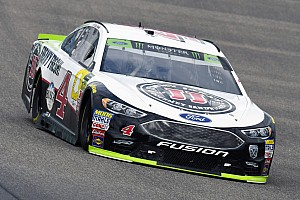 Title contender Kevin Harvick cruises to Stage 1 win at Homestead