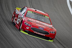 Blaney leads opening Kansas practice, Larson wrecks