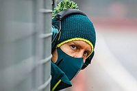 Vettel Lebih Agresif Dibandingkan Perez