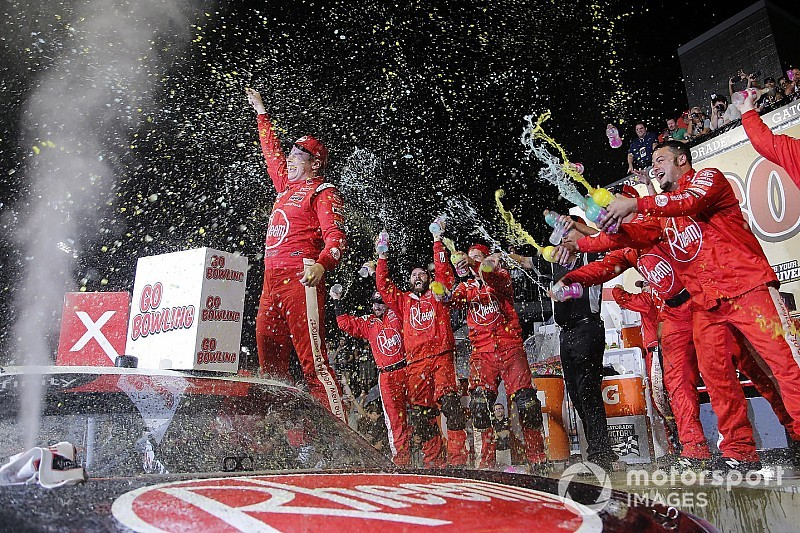 Christopher Bell beats Chastain for Xfinity win at Richmond