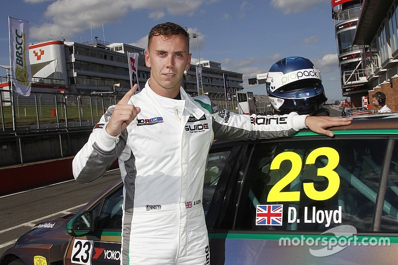 UK: pole position anche a Brands Hatch per il fulmine Daniel Lloyd