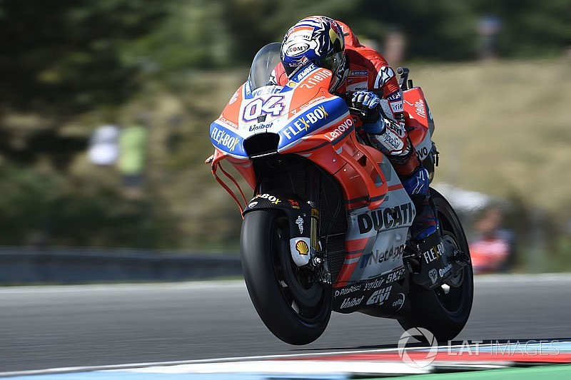 MotoGP Ceko: Dovizioso curi pole dari Marquez
