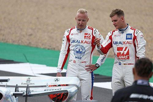 Resmi: Haas, 2022'de Schumacher ve Mazepin ile yarışmaya devam edecek