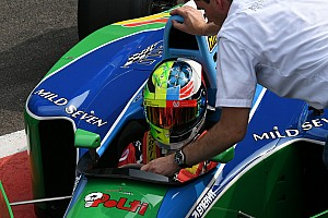 Hommage-Helmdesigns in der Formel 1