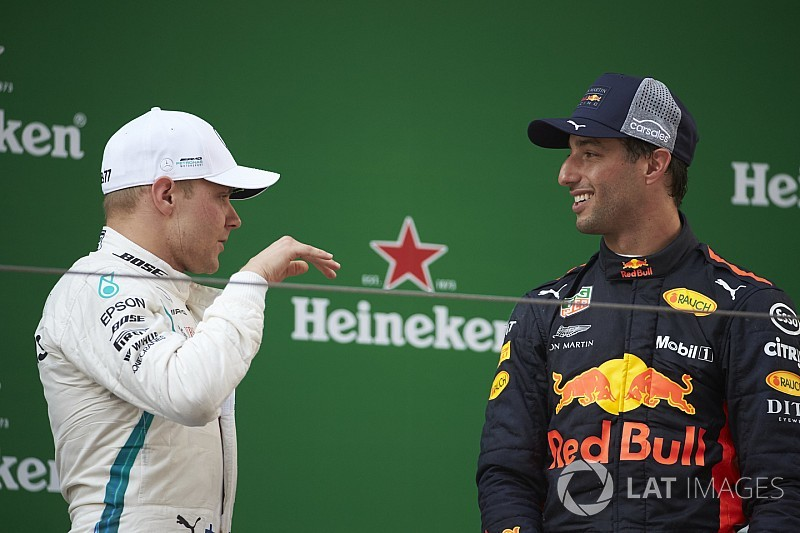 Mercedes salue l'intelligence de Bottas face à Ricciardo