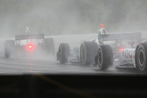 IndyCar Gara La pioggia battente fa rinviare a lunedì la gara di Birmingham
