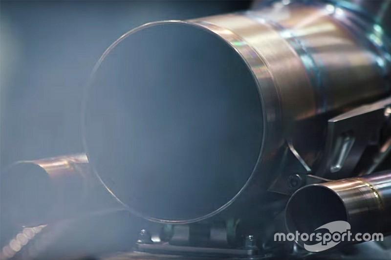 Ferrari - Mercedes: basta furbate con l'olio, torna a contare la benzina?
